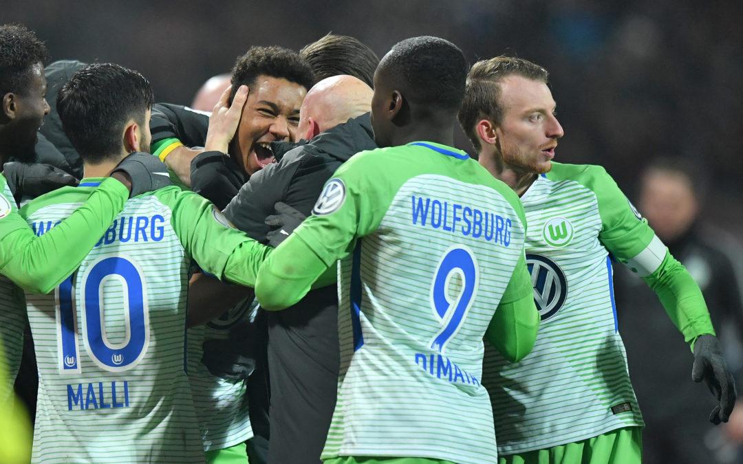 1. FC Nuernberg v VfL Wolfsburg - DFB Cup