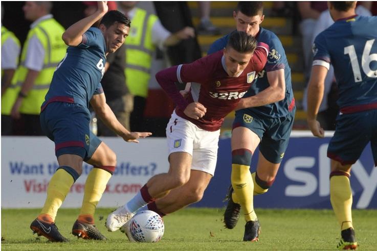 soi-keo-ca-cuoc-bong-da-ngay-14-9-Aston Villa-vs-West Ham-do-it-thang-do-nhieu-b9 2