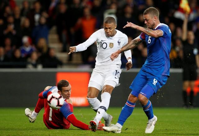 soi-keo-ca-cuoc-bong-da-Icelandy-6-10-Iceland-vs-Pháp-tu-dia-cho-khach-b9 2