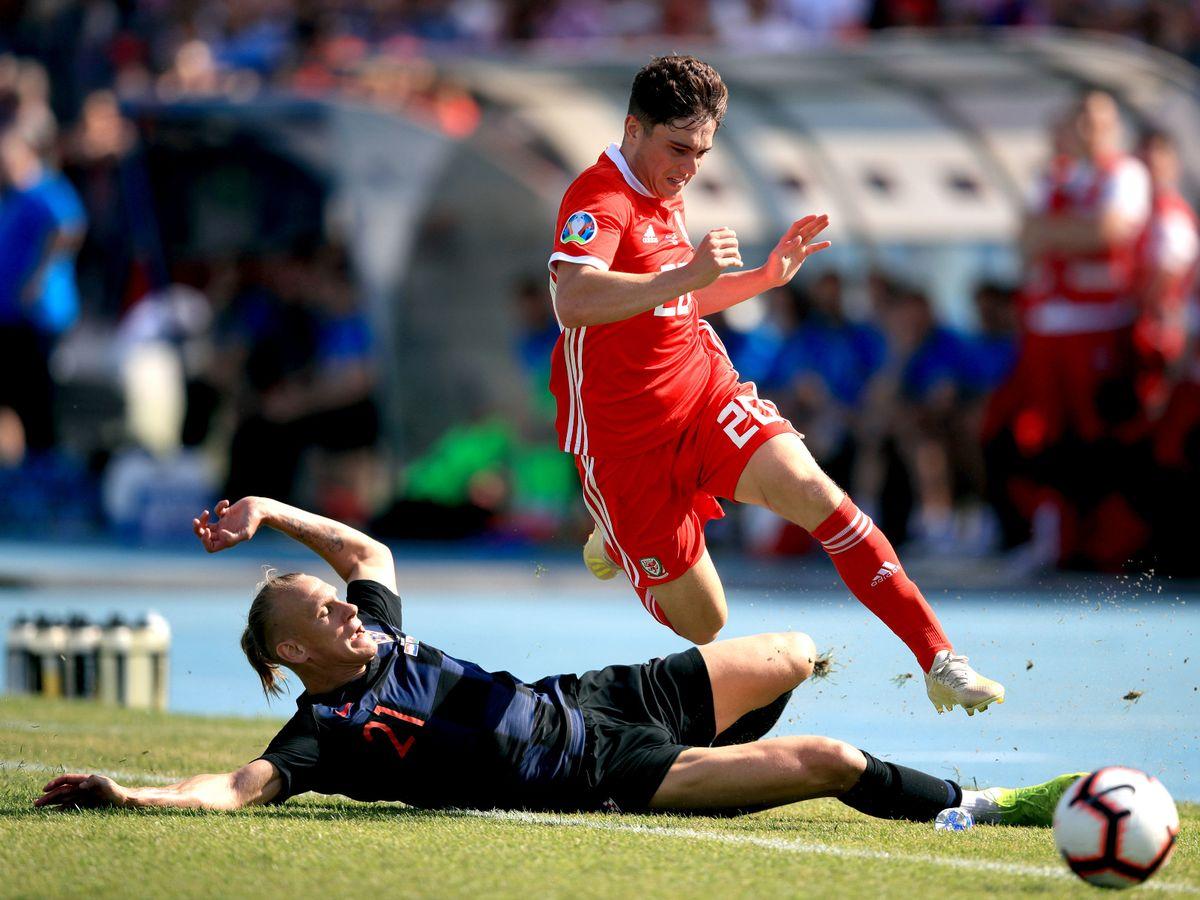 soi-keo-ca-cuoc-bong-da-ngay-6-10-Wales-vs-Croatia-tu-dia-cho-khach-b9 2