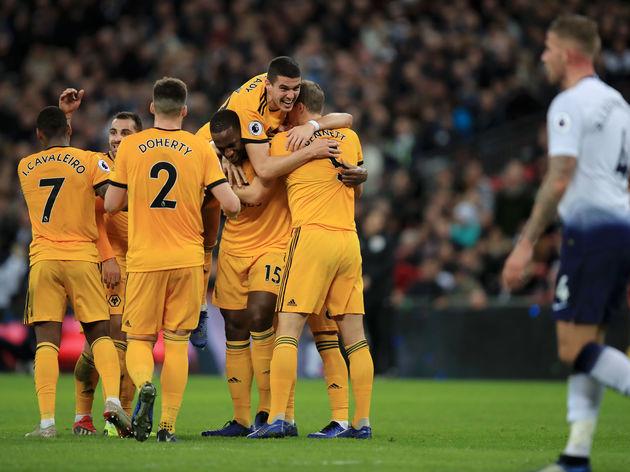 soi-keo-ca-cuoc-bong-da-ngay-10-12-Wolverhampton-vs-Besiktas-tiep-can-top-2-b9 2