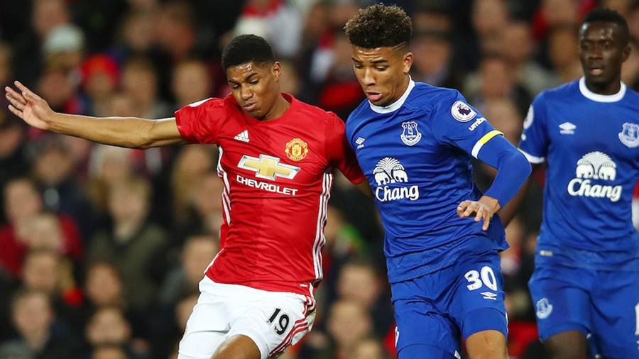 soi-keo-ca-cuoc-bong-da-ngay-10-12-Man United-vs-Everton-tiep-can-top-2-b9 2