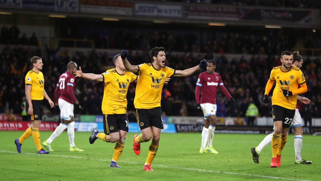 soi-keo-ca-cuoc-bong-da-ngay-5-12-wolverhampton-vs-west-ham-so-say-o-hang-cao-b9 2