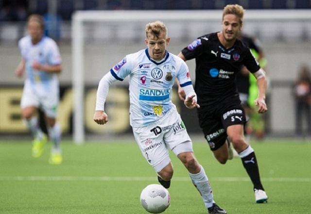 150920 Gefles Jonas Lantto under fotbollsmatchen i Allsvenskan mellan Gefle och Helsingborg den 20 september 2015 i GŠvle. Foto: Andreas L Eriksson / BildbyrŒn / Cop 106